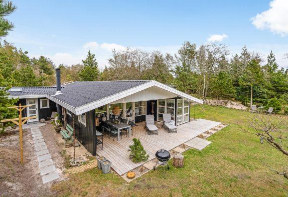 Gemütliches Ferienhaus mit Kaminofen und tollen Terrassen