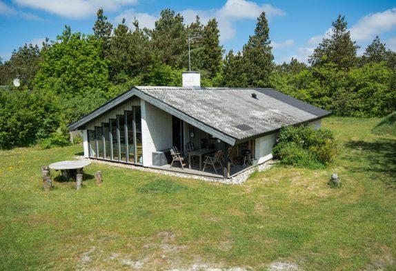 Klassisches Ferienhaus mit Kaminofen auf herrlichem Naturgrundstück