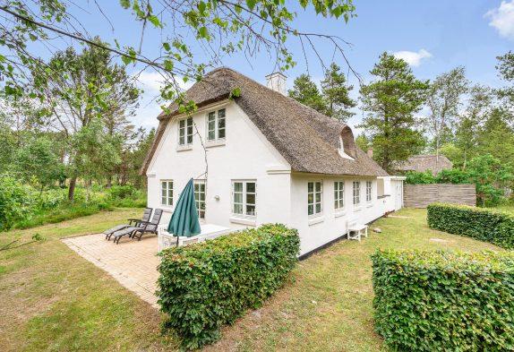 Echte Ferienhaus-Idylle direkt am Wald- und Heidestück