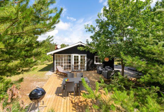 Schönes neurenoviertes Ferienhaus mit Sauna und Wintergarten