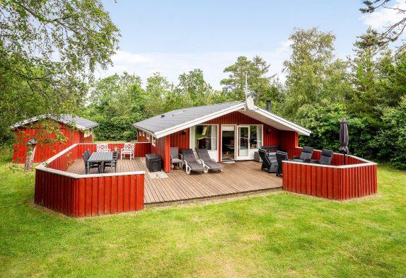Helles und gemütliches Holzhaus mit Kamin