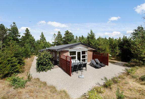 Perfekt gelegenes Ferienhaus im Houstruper Waldland