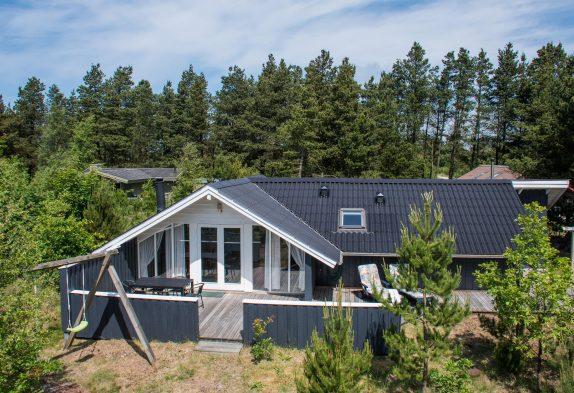 Uriges Holzhaus mit Sauna und großer Terrasse