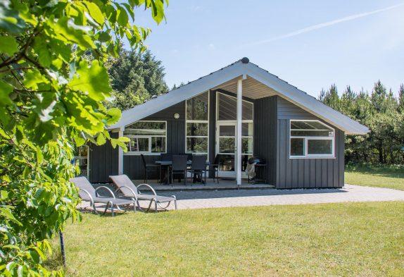 Ferienhaus für die Familie, mit Whirlpool, Sauna und Internet