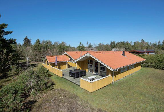 Sehr klassisches Ferienhaus mit Whirlpool und Sauna