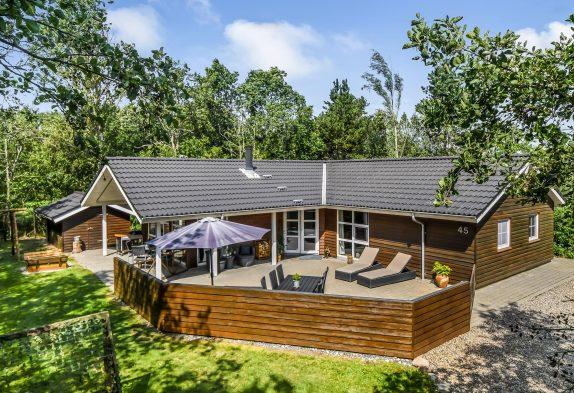 Richtig charmant modernes Holzhaus mit Sauna und Whirlpool