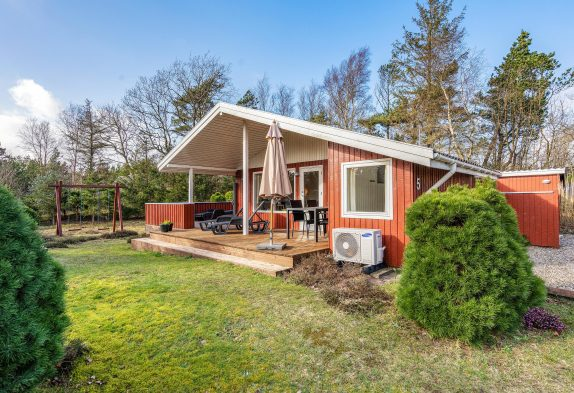 Renoviertes Sommerhaus in Henneby für 6 Personen und 1 Hund