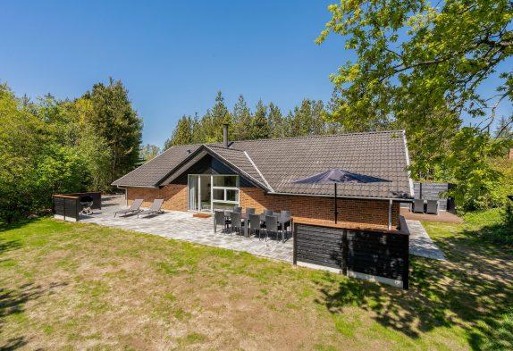 Schönes Ferienhaus mit Whirlpool, Sauna und Aktivitätsraum