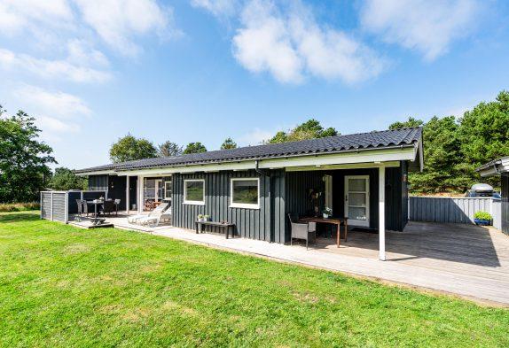 Charmantes Ferienhaus in Vejers mit Sauna und Whirlpool