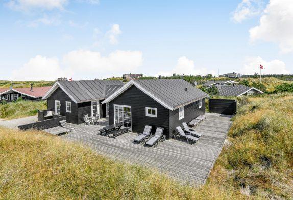 Grosses Sommerhaus mit Whirlpool und Sauna – Hund erlaubt