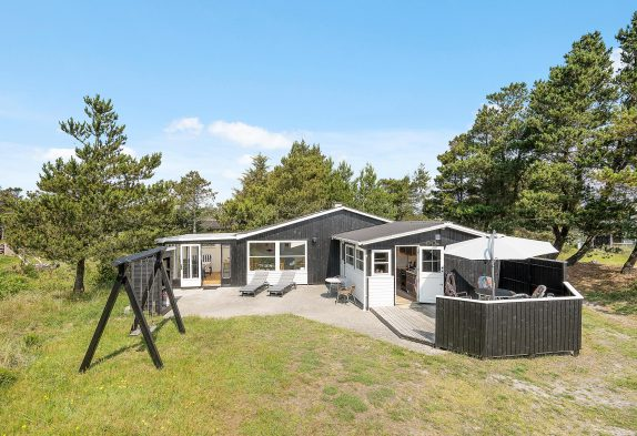 Modernisiertes Sommerhaus in Vejers, 5 Personen, Wintergarten