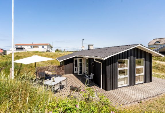 Schnuckeliges, kleines Ferienhaus nur 400 m zum Strand, 2 Hunde