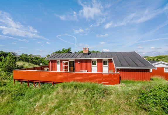 Gepflegtes, strandnahes Ferienhaus inVejers–Sauna und Whirlpool