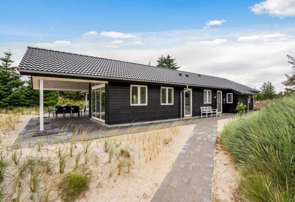 Ferienhaus mit Whirlpool und Seeblick