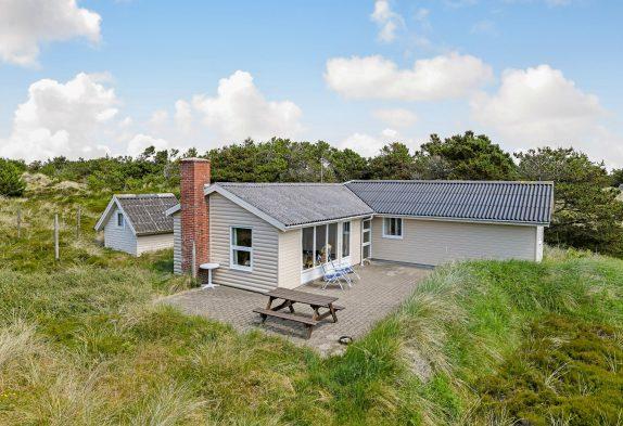Idyllisch und strandnah gelegenes Ferienhaus inGrærup