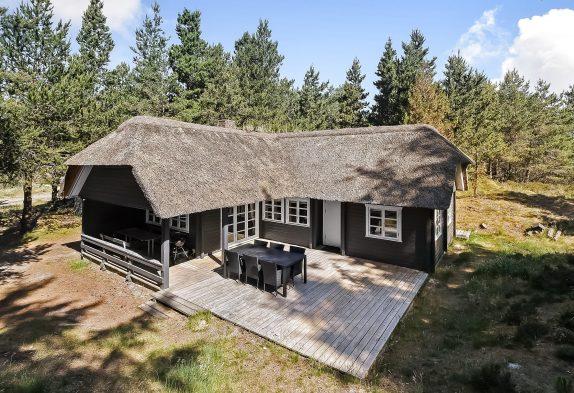 Charmantes, einfaches Holzhaus für 6 Personen, 1 Hund
