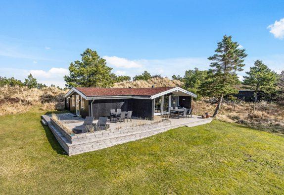 Modernisiertes Ferienhaus in Blåvand mit wunderschöner Lage