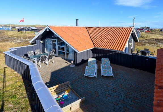 Sommerhaus in Bjerregård mit geschlossener Terrasse