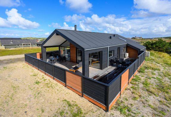 Luxusferienhaus mit Sauna nahe der Nordsee