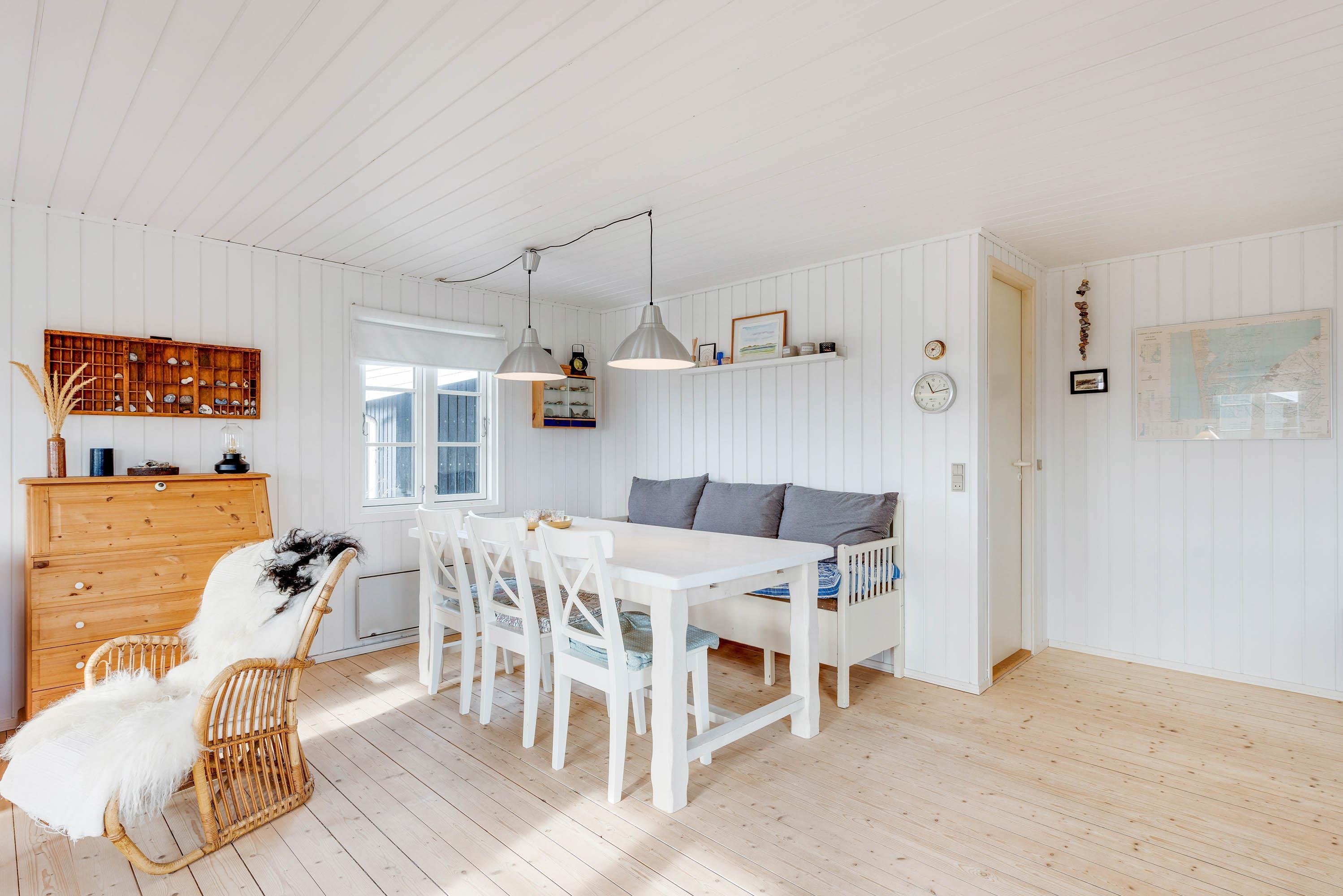 Gemütliches Holzhaus mit Kaminofen (Bild 9)