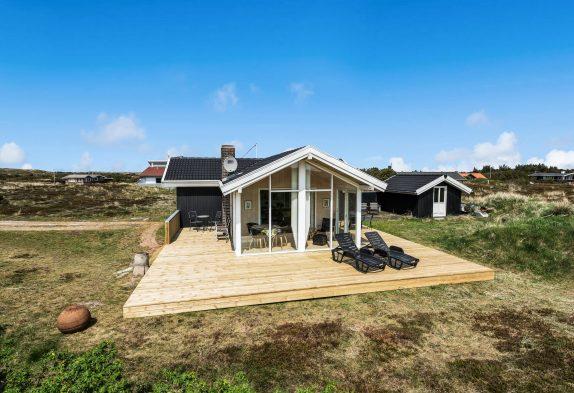 Gemütlich hochwertiges Ferienhaus nur 450 m vom Strand