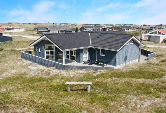 Gepflegtes Luxusferienhaus für 8 Personen in Bjerregård