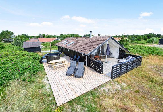 Gemütliches Ferienhaus für 4 Personen mit Sauna und Badetonne