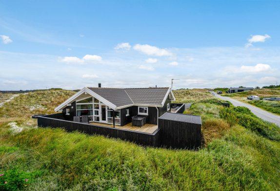 Freundliches und gemütliches Ferienhaus mit Sauna am Meer