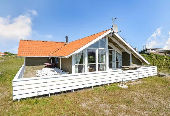 Ferienhaus mit geschl. Terrasse in ruhiger Umgebung