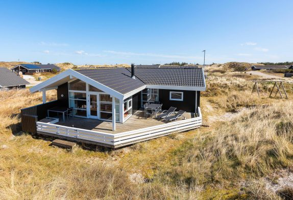 Haus auf Naturgrund mit tollem Ausblick und Terrasse