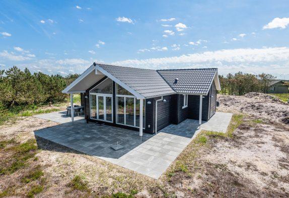 Modernes Ferienhaus mit Sauna, ruhiger Lage und nur 350 Meter zum Meer