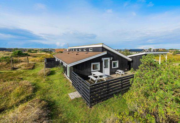 Gemütliches Ferienhaus in Bjerregård mit Sauna und Kamin