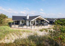 Modernes Ferienhaus für 6 Personen, dicht am Meer und Spielplatz. Kat. nr.: B2975, Dortheasvej 55;