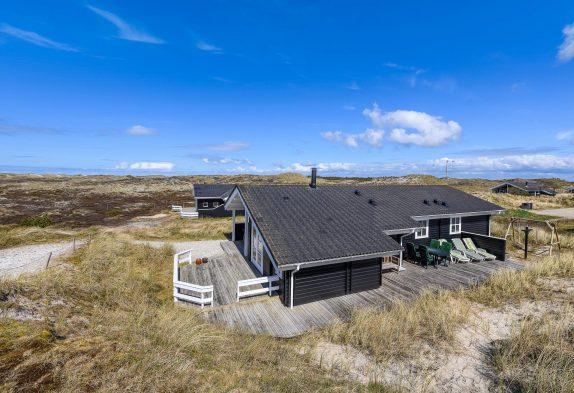 Gepflegtes Ferienhaus dicht an Heide, Strand und Dünen