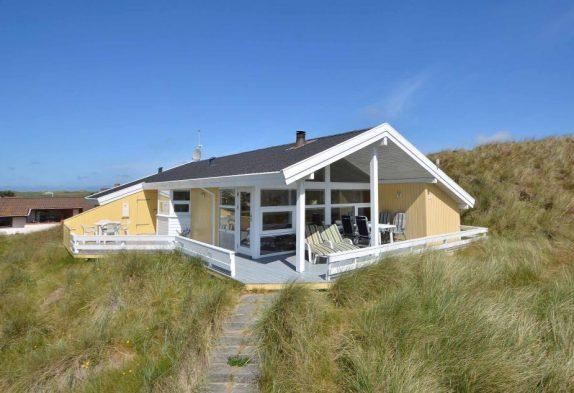 Ruhig gelegenes Ferienhaus mit Aussicht auf den Fjord