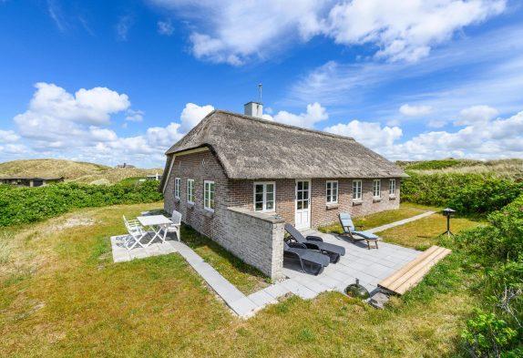 Ferienhaus mit Reetdach und ungestörte Lage