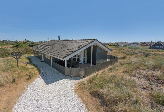 Gut ausgestattetes Haus mit geschlossener Terrasse