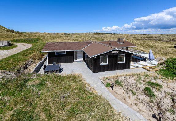 Gemütliches Sommerhaus mit Panoramablick auf die Dünen