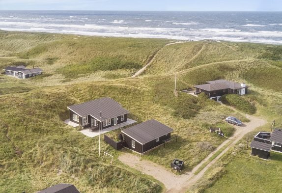 Modernes Ferienhaus mit toller Aussicht nah am Strand