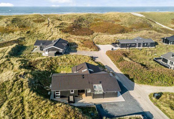Tolles Ferienhaus mit Sauna und Whirlpool, nur 150m vom Strand