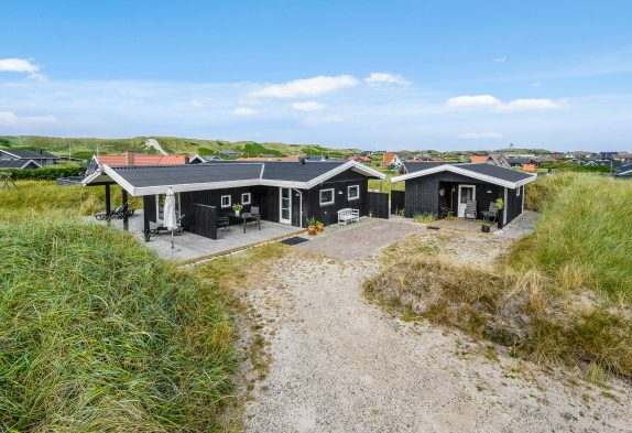 Charmantes Ferienhaus mit schöner Terrassenlandschaft und Sauna