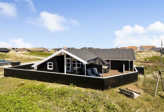 Schönes Ferienhaus ? 200 Meter bis zum Strand