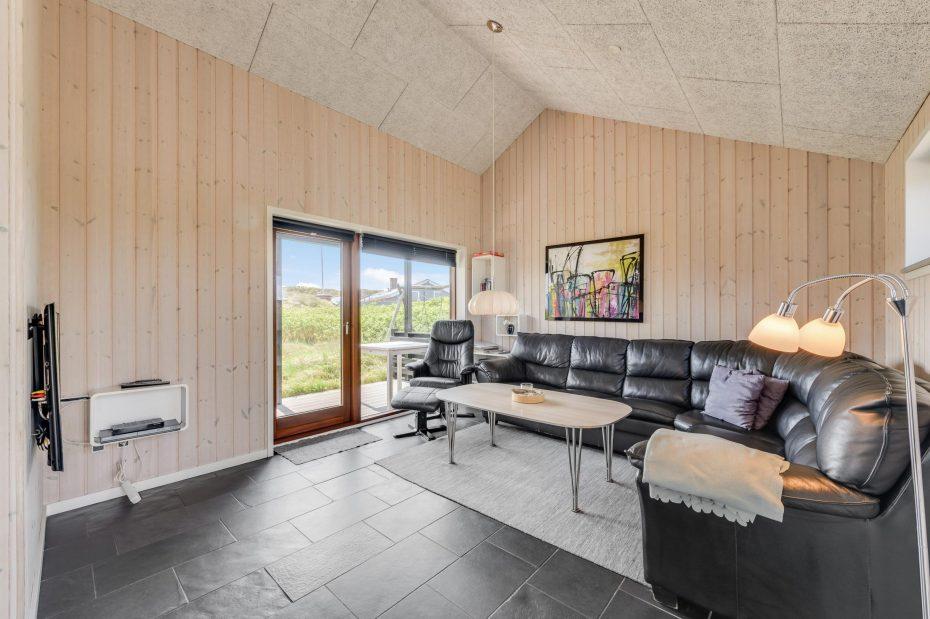 Energiesparhaus mit Wärmepumpe und verstellbaren Betten   Esmark