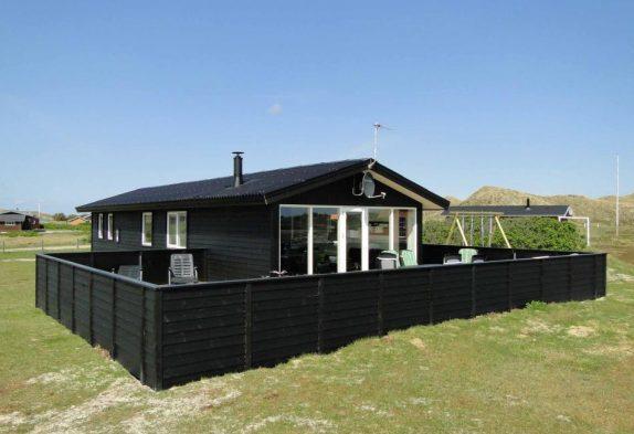 Schönes Sommerhaus mit Aussicht auf die Dünen