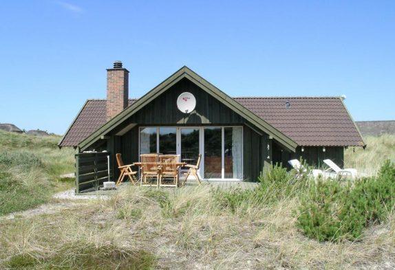 Gepflegtes Ferienhaus in ruhiger Lage mit Terrasse