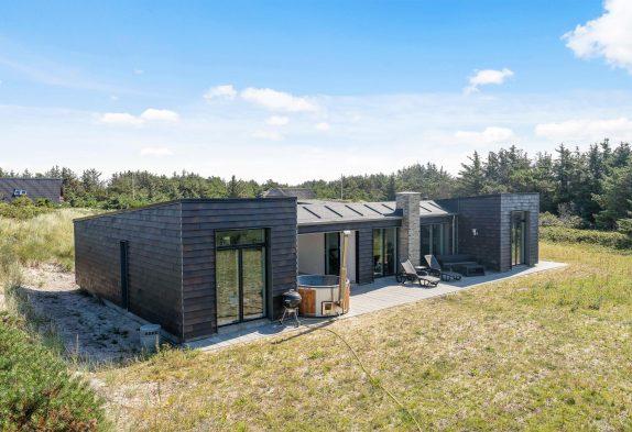 Luxusferienhaus für 8 Personen mit Badetonne und Sauna