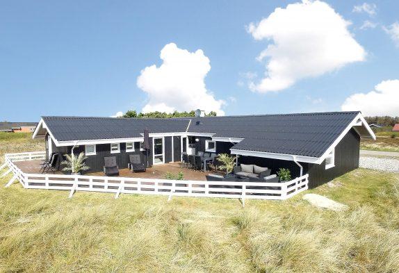Hyggeliges Ferienhaus mit Swimmingpool, Whirlpool und Sauna in Klegod