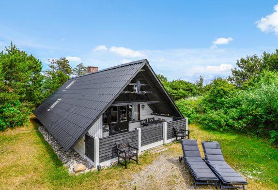 Kleineres, gemütliches Ferienhaus auf schönem Naturgrundstück