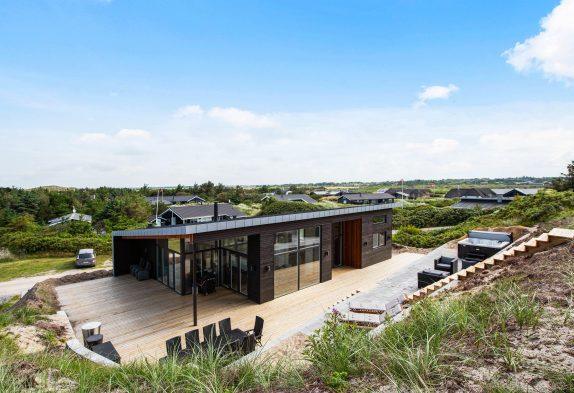 Aktivitätshaus mit Sauna und Whirlpool, nur 300 m bis zum Strand