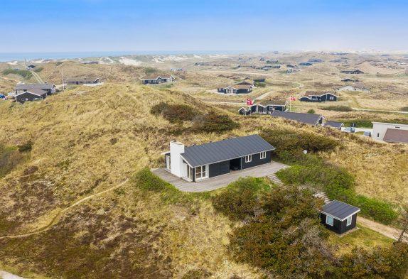 2020 renoviertes Ferienhaus nur 350m vom Strand